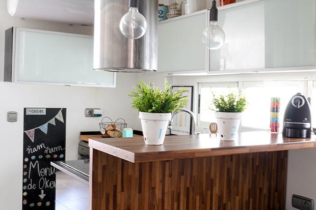 trucos para decorar t cocina y que parezca otra. Black Bedroom Furniture Sets. Home Design Ideas