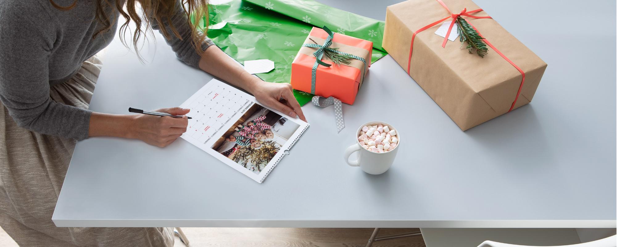 como hacer un calendario de escritorio con fotos