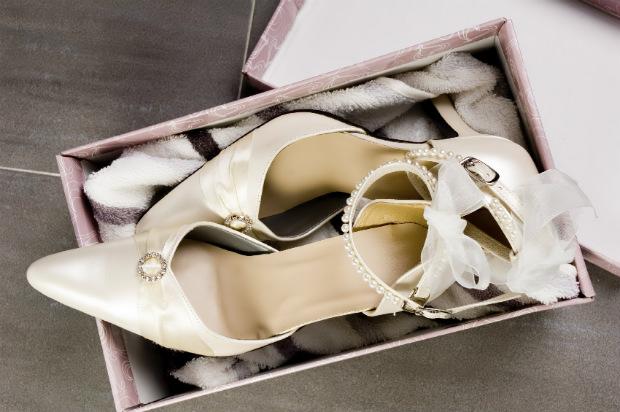 Zapatos de novia de invierno