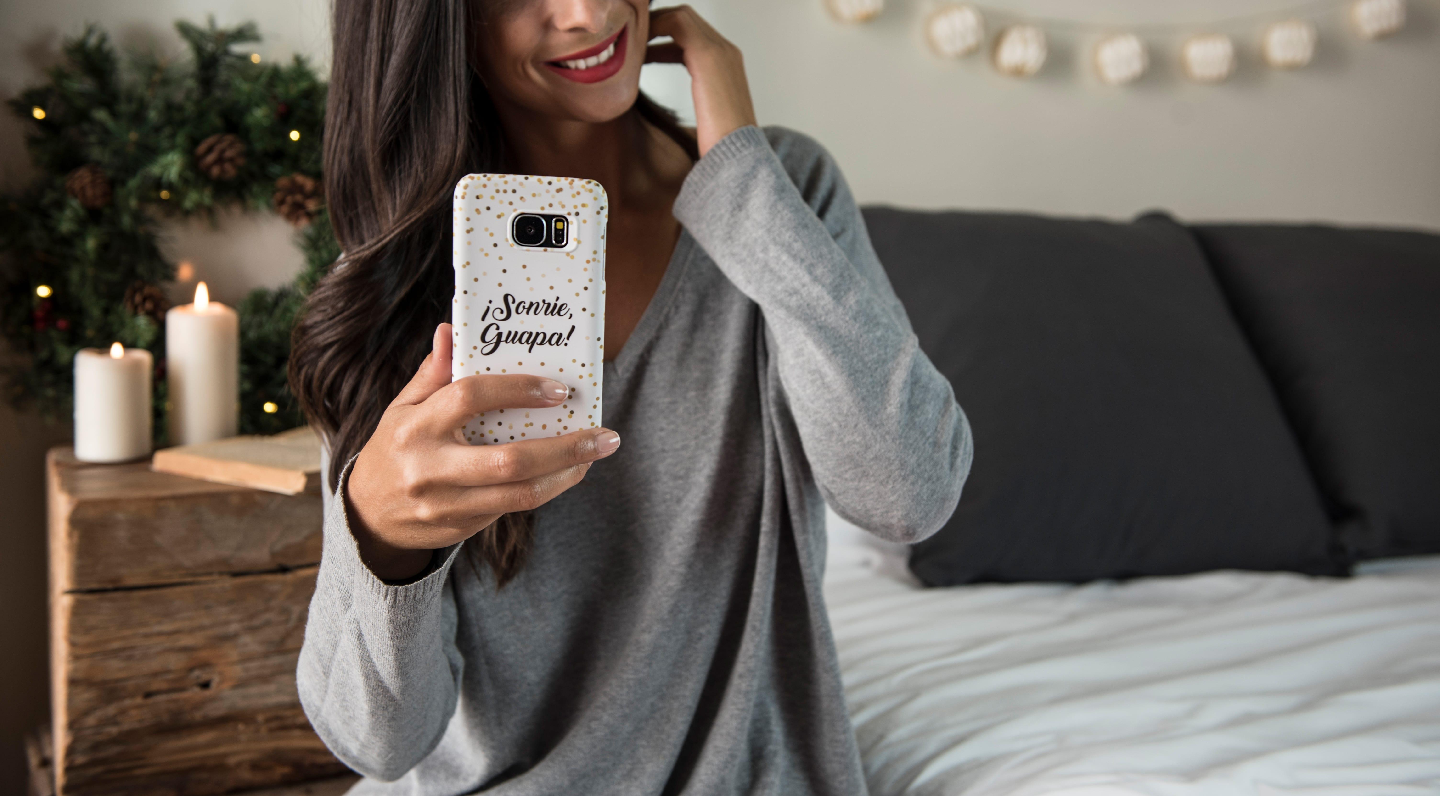 Carcasa de teléfono personalizada Sonrie