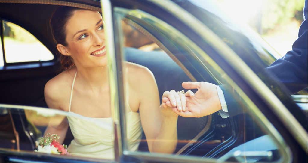 llegada de la novia a la boda